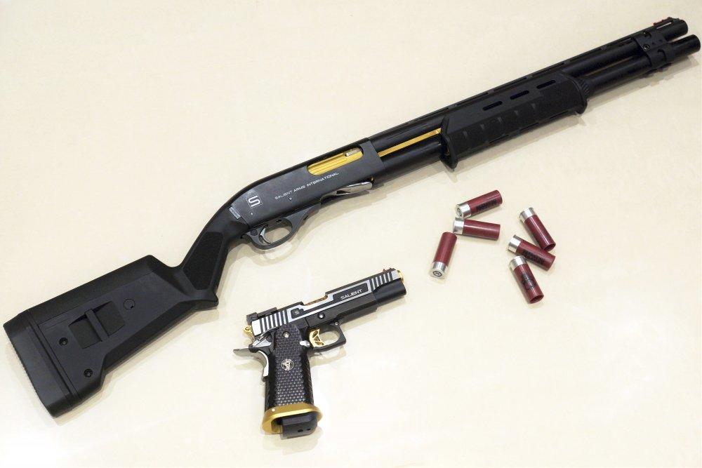 salient_arms_companion_guns_by_darkassassin069-dajjblw.thumb.jpg.0f2ba7ba5b1d31b3a4c5279fbb56f8b3.jpg